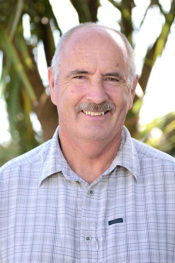 Alan G Hawes